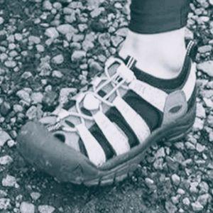 Tan KEEN LEATHER 8.5 Wide Waterproof Hiking Shoes